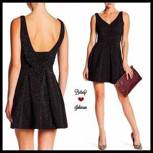 ❤️HOLIDAY PERFECT❤️BETSEY JOHNSON DRESS