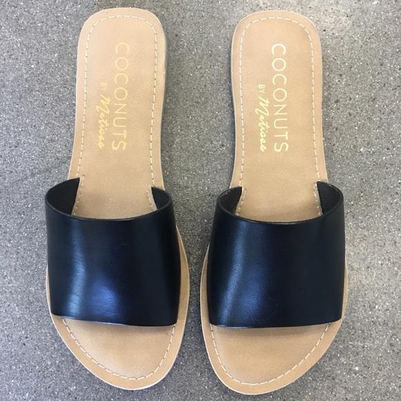 d9320b0a6b2395 Matisse Cabana Sandal in Black