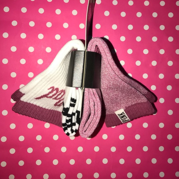 Vs pink Logo Crew  Socks 2 Pairs