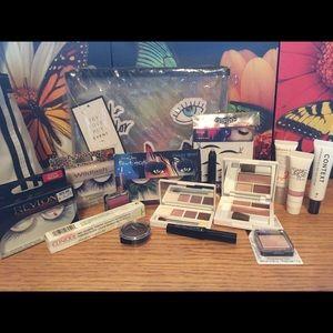 NWOT Eye makeup bundle