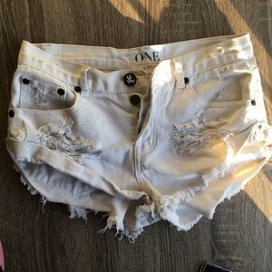 One Teaspoon Bandits Denim Shorts (size 24)