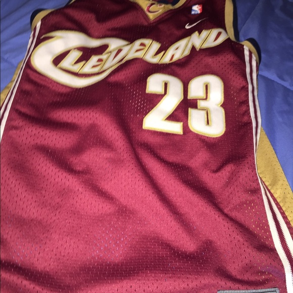 the best attitude face4 f7826 Vintage lebron James Jersey NWT