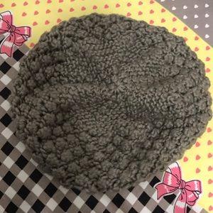 H&M Tan knit beret