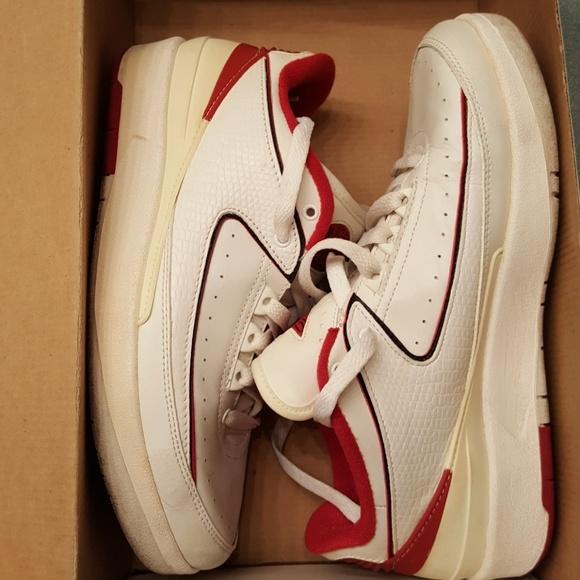 promo code 3467f 1a731 Air Jordan's retro 2 low top sneakers
