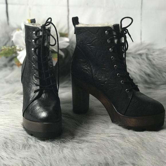 9bf164eb932e6 Kelsi Dagger Shoes   Wood Heeled Fur Lined Boots   Poshmark