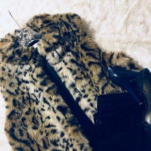 Chico's Faux Vegan Fur Leopard Print Vest Size 1