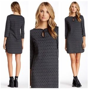 MAX STUDIO Keyhole Neck Shift Dress