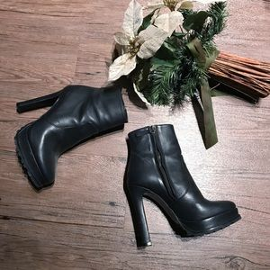 Black Zara Booties | Size 36 / 6