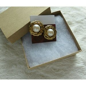 Jewelry - Vintage Statement Pearl Party Upcycled Earrings