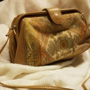 Vintage Susan Gail crossbody purse