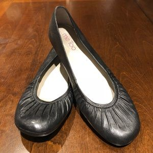Black leather ballet flats - Me Too