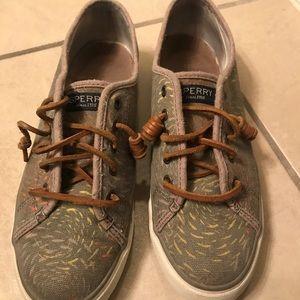 Sperry grey sneaker
