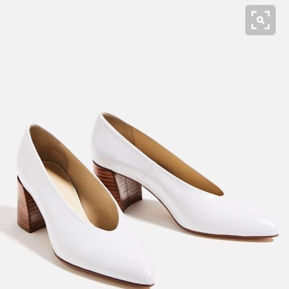 Vcut 0 Italian Leather Zara Heels In