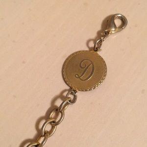 Vintage gold D bracelet