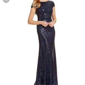 ✨NWOT ✨ Vince Camuto sequin gown