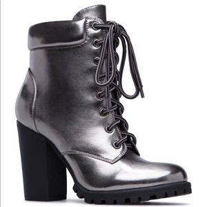 ShoeDazzle Jovanna bootie gunmetal Gray sz 7.5