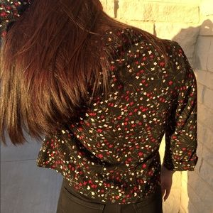 Tops - RED AND WHITE DAINTY FLOWERS BUTTON UP TOP!!