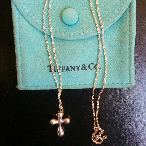8367feca22253 Tiffany Elsa Peretti Cross Pendant