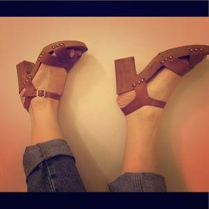ALDO brown sandal clogs