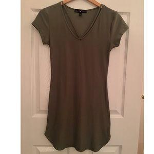 Derek heart olive dress