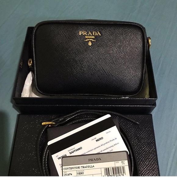 514499b3ecf4 PRADA Saffiano Leather Camera Crossbody Bag. M 5a28cee9f0137d9e2001ba82