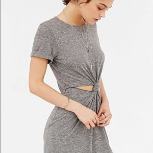 b670c8a79b6 Urban Outfitters Dresses - SILENCE   NOISE KNOTTED T-SHIRT MINI DRESS