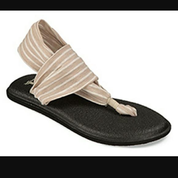 7cea5ef1d843 Sanuk Yoga Sling 2 Natural Stripes Sandals 8. M 5a28eae8bcd4a7d98500346f