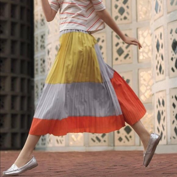385bddc1e3 Anthropologie Dresses & Skirts - Anthropologie color block pleated maxi  skirt