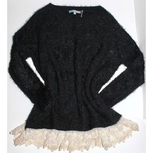 Sweaters - Furry Black Sweater With White Lace Frills