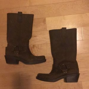 Leather boots size 6.5
