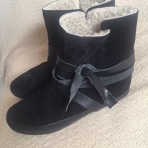 Isabel Marant Black Booties — Barely Worn