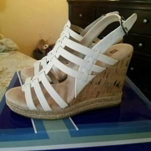 White Mountain Platform Sandal 6M