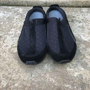 Easy Spirit slip on black shoes
