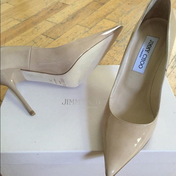 984bf75d54ee Never worn Jimmy Choo Nude patent leather pumps.