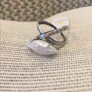 Kendra Scott Rosemary Ring - Cracked White Pearl