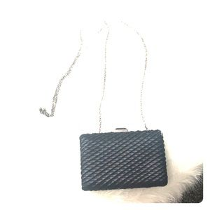 Urban Expressions clutch (PERFECT CONDITION)