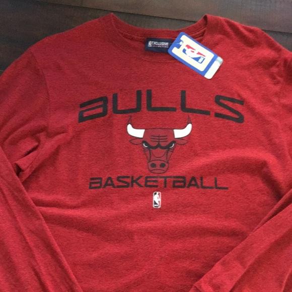 best service b0161 26ec9 NBA Chicago Bulls long sleeved shirt NWT