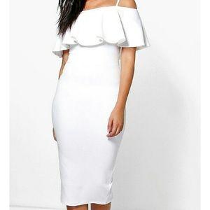 Never been worn. White dress 👗