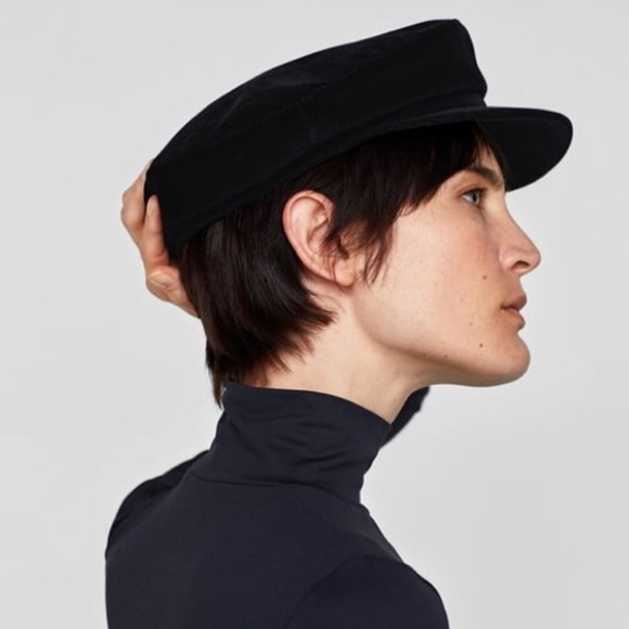 f8c0d1f5b00 NEW • ZARA Corduroy Nautical Black Cap
