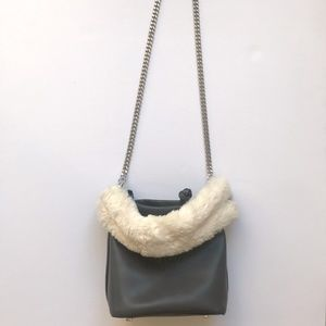 NWOT Zara Chain + Fur Bag