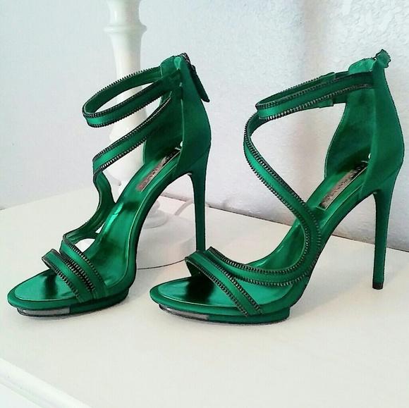 new season distinctive design online shop NWOT BCBG MAXAZARIA emerald green stilettos