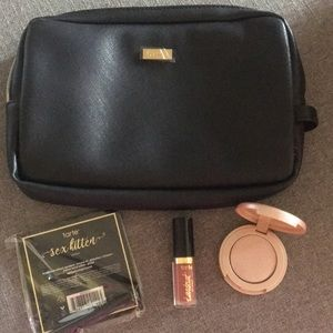 Tarte bag with 3 minis, highlight liner and lip