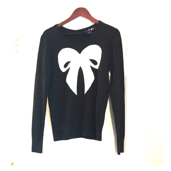 French Connection Sweaters - French Connection bow sweater.