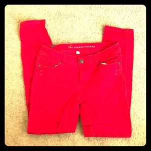 Red distress jeans