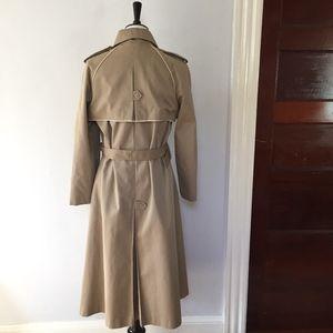 Vintage Jackets & Coats - Vintage long tan water resistant trench coat