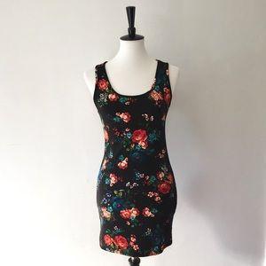 NWT black floral bodycon dress size M