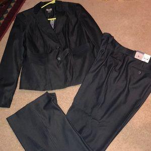 NWT worthington suit