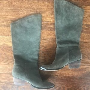 Chinese Laundry mid calf suede boots