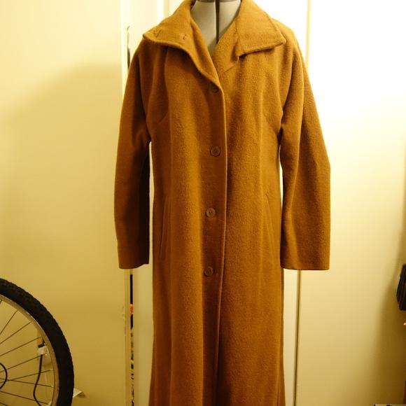 Vintage Jackets & Blazers - VINTAGE Alpaca Maxi Coat in Tan