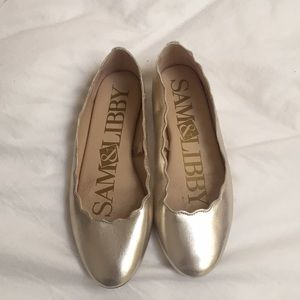 gold scallopped flats size 8.5